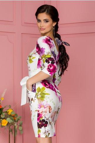 Rochie Eliane alba cu imprimeuri florale roz