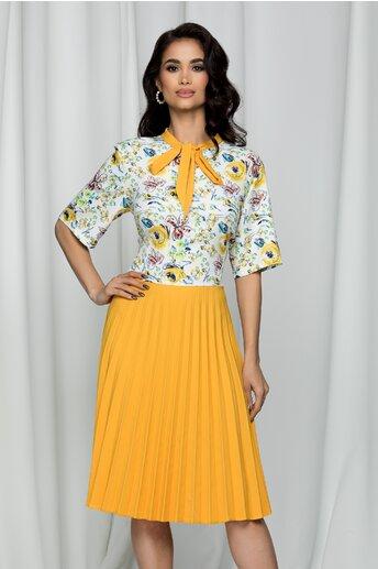 Rochie Eloise galbena cu imprimeu floral si pliuri pe fusta