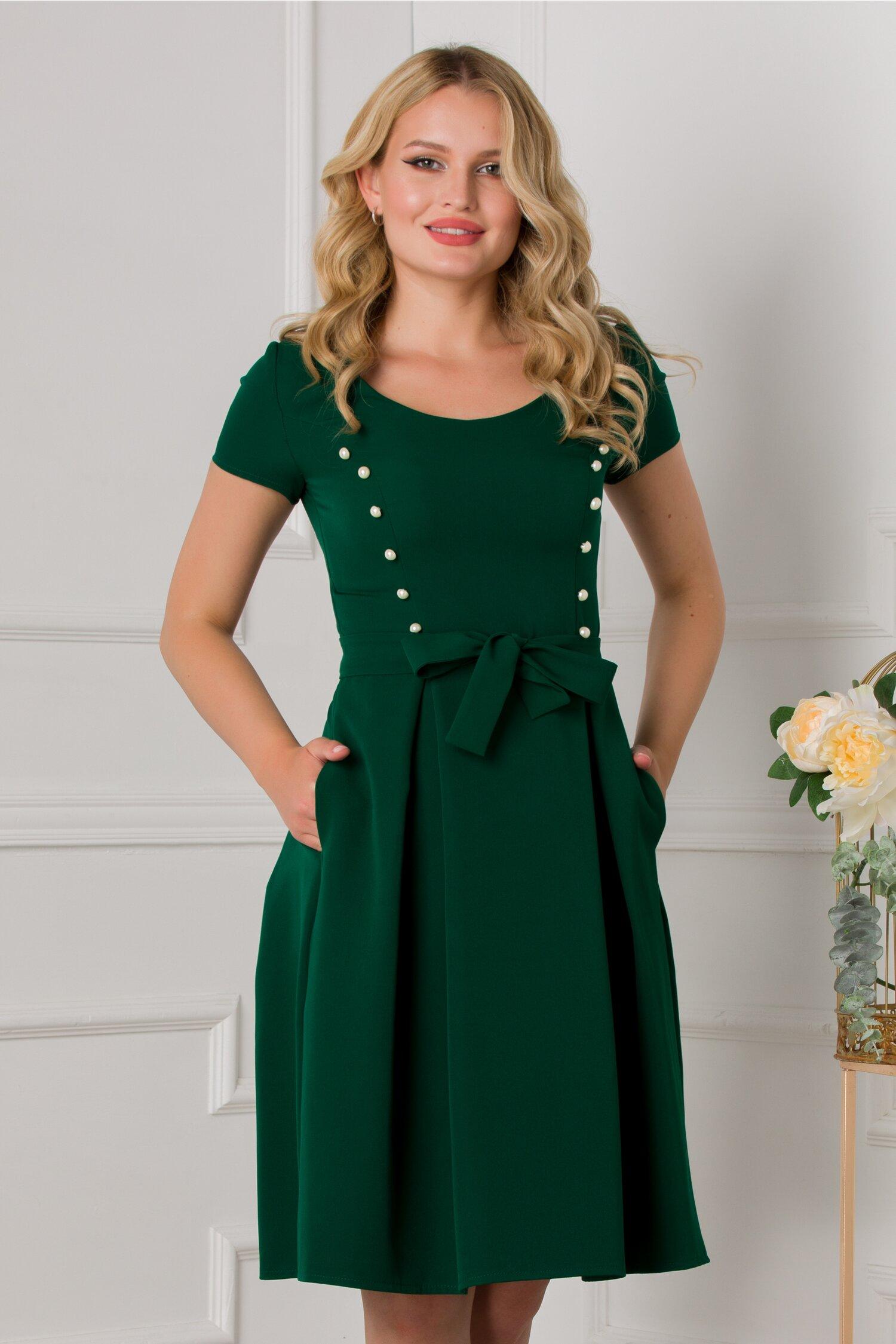 Rochie Erika verde accesorizata cu nasturasi albi perlati imagine