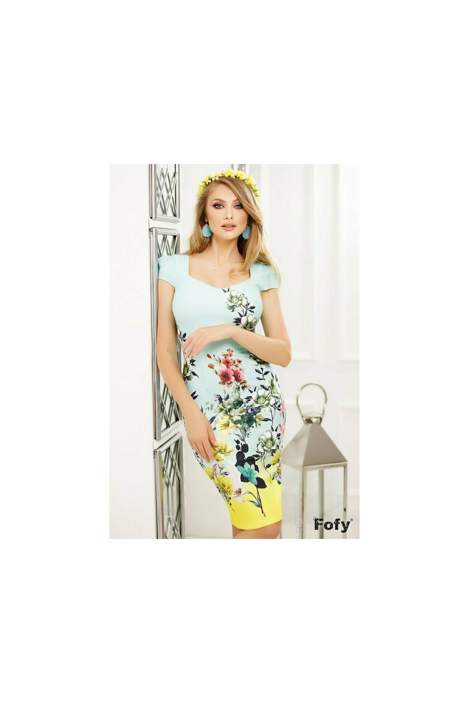 Rochie Fofy cu maneca scurta cu imprimeu floral si decolteu generos cu bordura lime