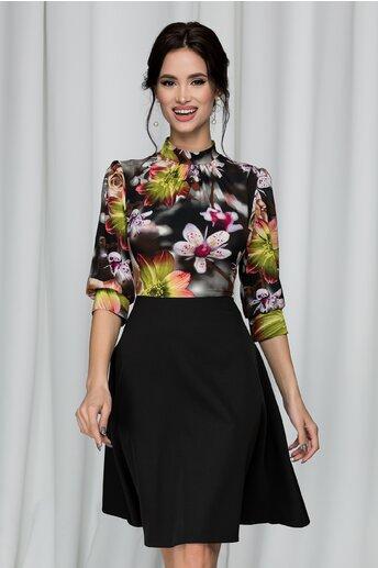 Rochie Georgiana neagra cu imprimeu floral si pliuri la baza gatului