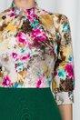 Rochie Georgiana verde cu pliuri la baza gatului si imprimeu floral cu roz si galben