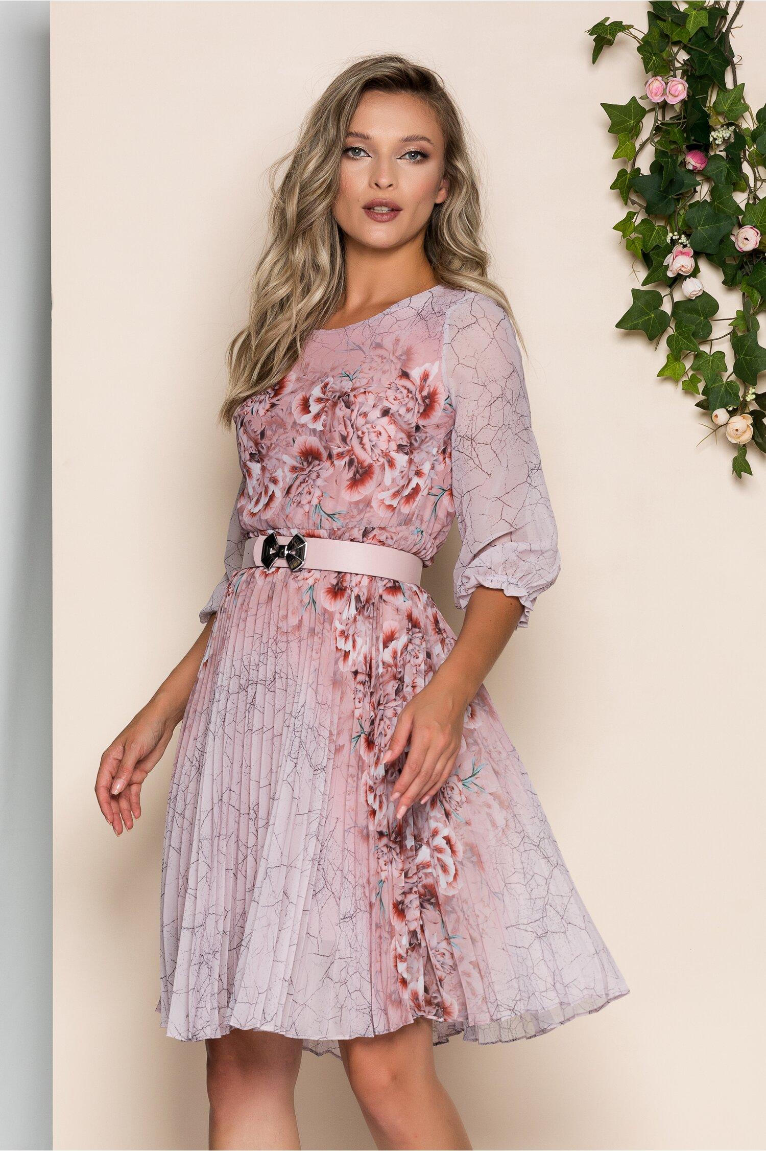 Rochie Georgina roz cu imprimeu floral coniac si pliuri pe fusta