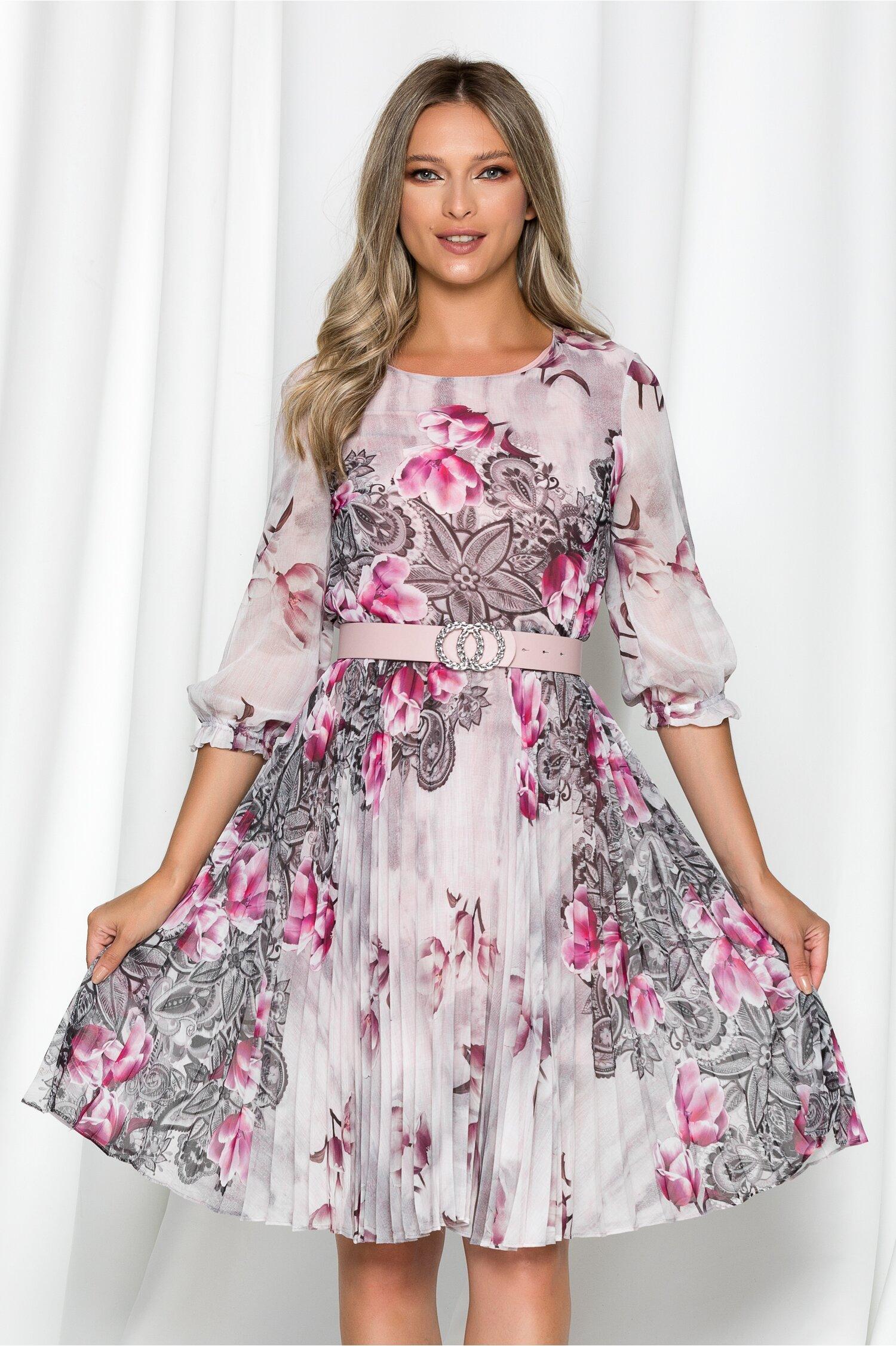 Rochie Georgina roz cu imprimeu floral fuchsia si pliuri pe fusta