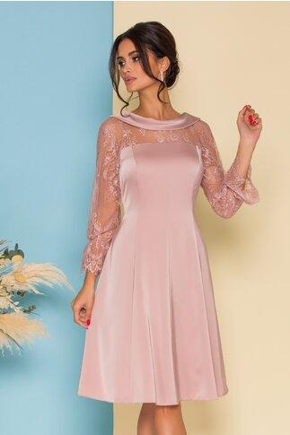 Rochie Ginette roz pudrat cu decolteu oval si maneci din dantela