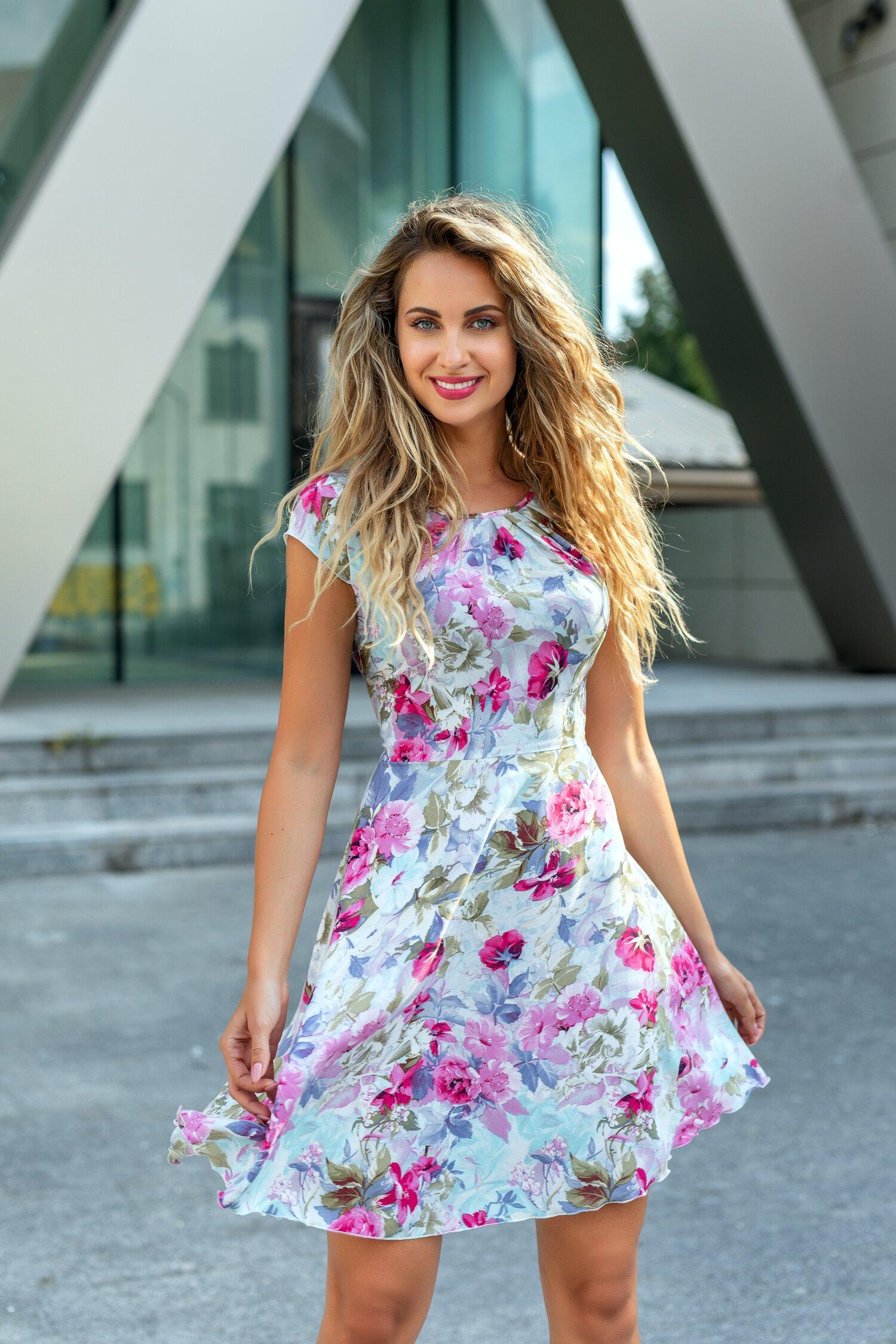Rochie Ilona bleu cu imprimeu floral fucsia