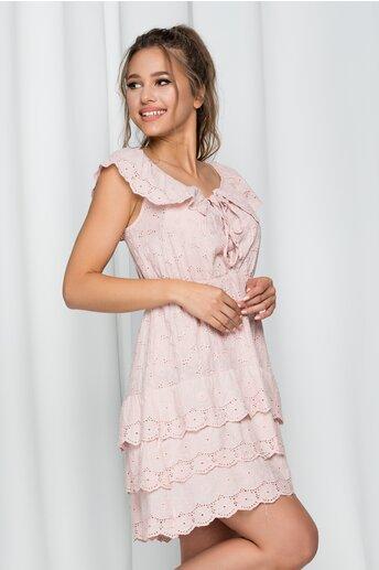 Rochie Ilona roz cu model ajurat si volanase