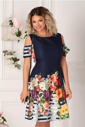 Rochie Ionela bleumarin cu imprimeu floral colorat, dungi bleu si maneci decupate