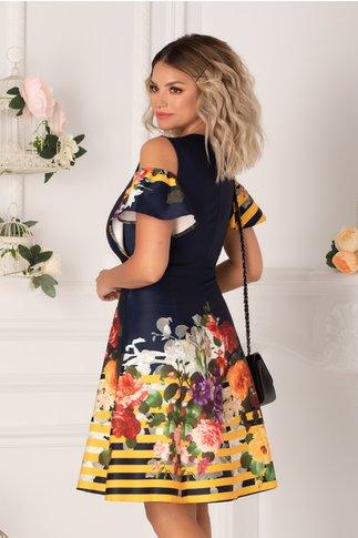 Rochie Ionela bleumarin cu imprimeu floral colorat, dungi galbene si maneci decupate