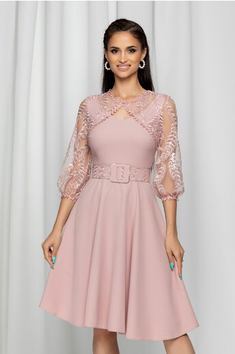 Rochie Irma roz accesorizata cu tulle si broderie