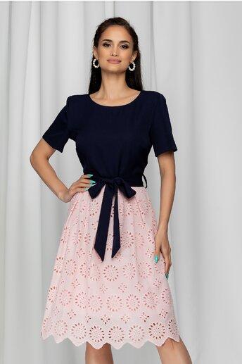 Rochie Janeta bleumarin cu model ajurat roz