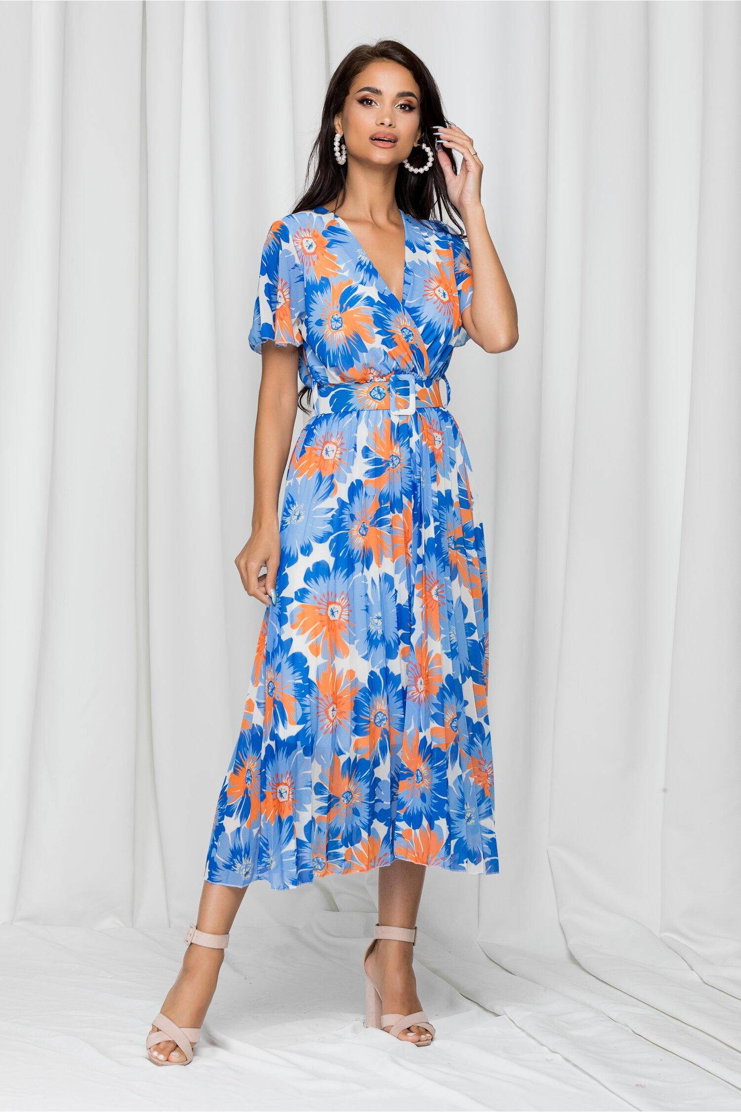 Rochie Kamelia albastra cu pliuri pe fusta si imprimeu floral portocaliu