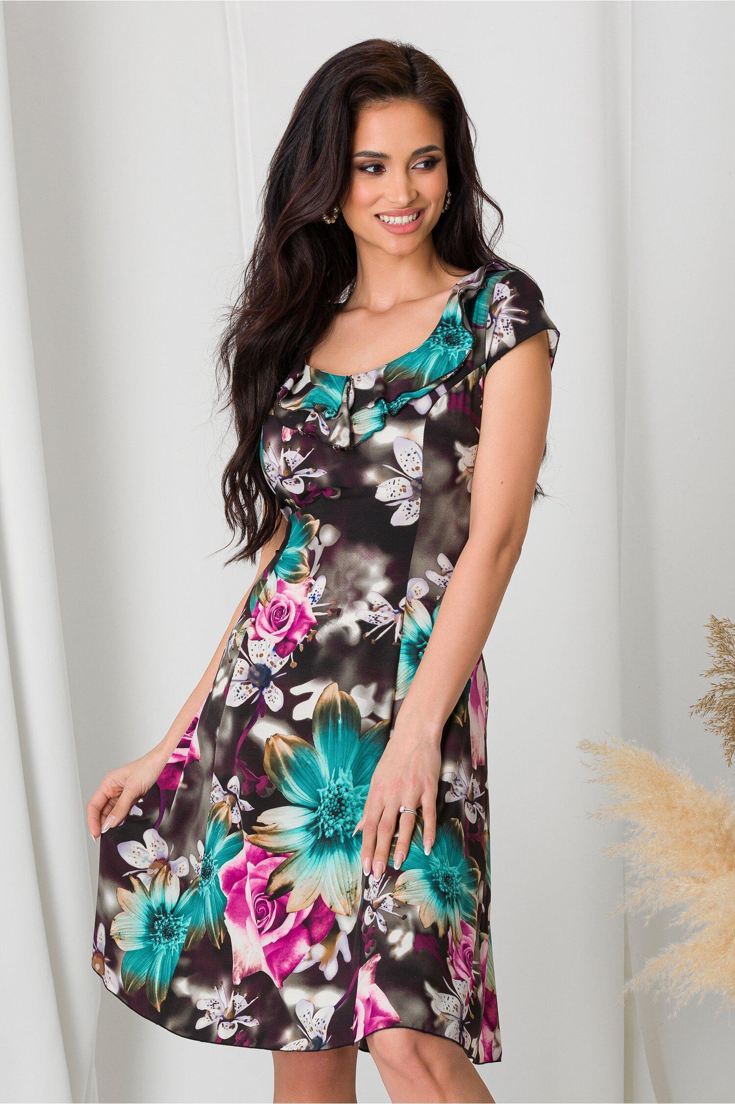Rochie Kian neagra cu imprimeuri florale turcoaz si mov imagine dyfashion.ro 2021