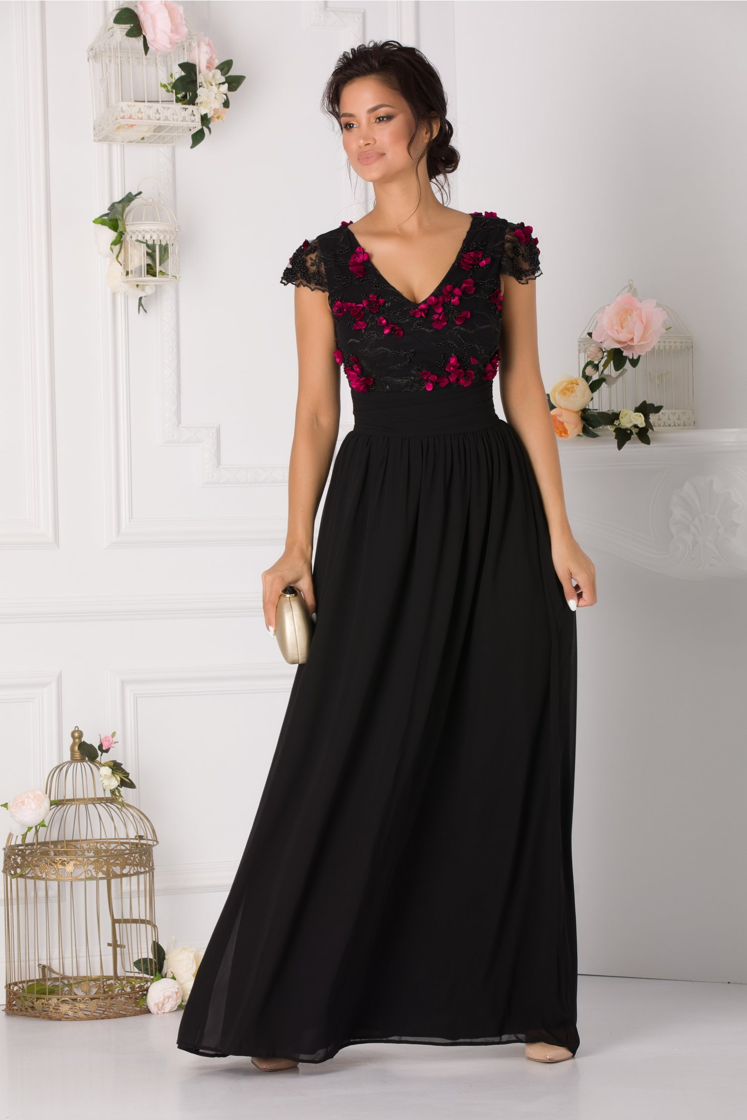 Rochie LaDonna Luna neagra lunga cu broderie florala 3D si margelute in zona bustului