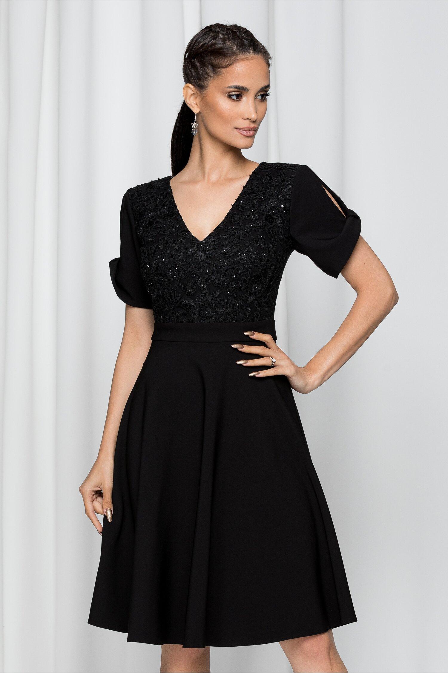 Rochie LaDonna neagra decorata cu paiete si broderie la bust