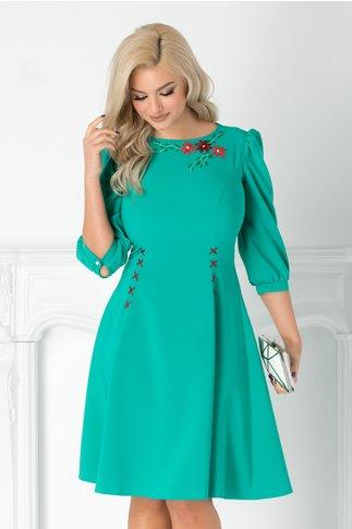 Rochie LaDonna verde cu broderie florala handmade