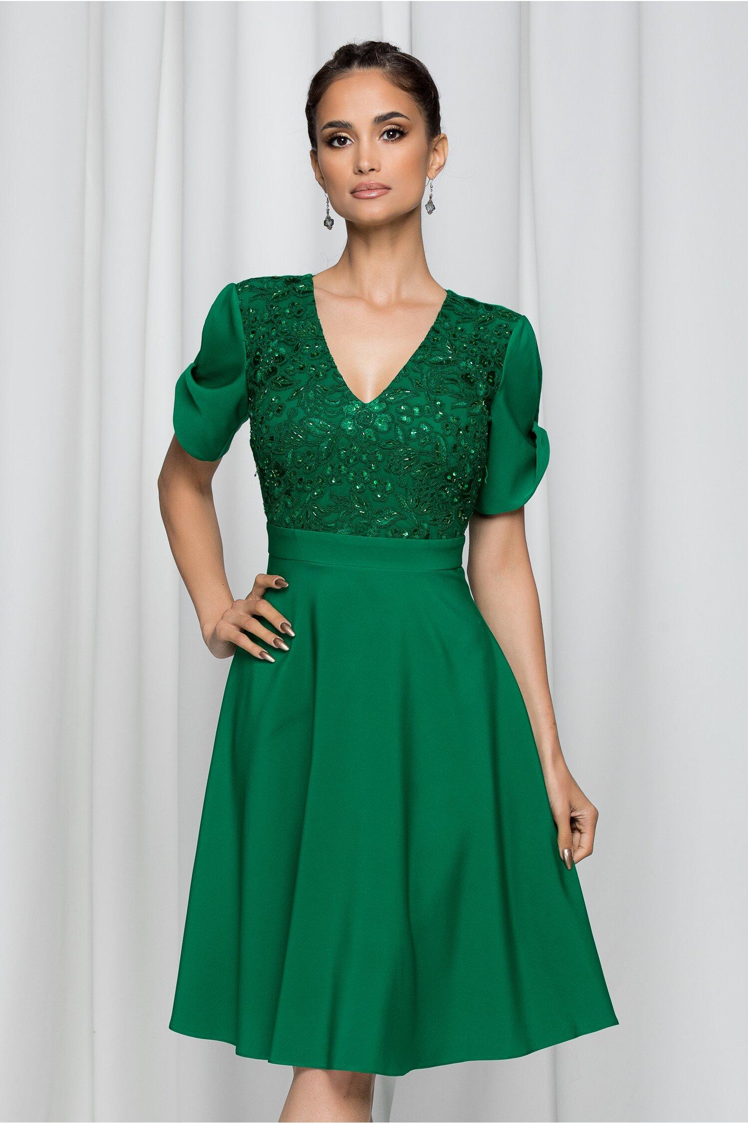 Rochie LaDonna verde decorata cu paiete si broderie la bust