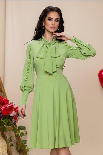Rochie LaDonna verde fistic cu volanase pe maneci si guler tip esarfa
