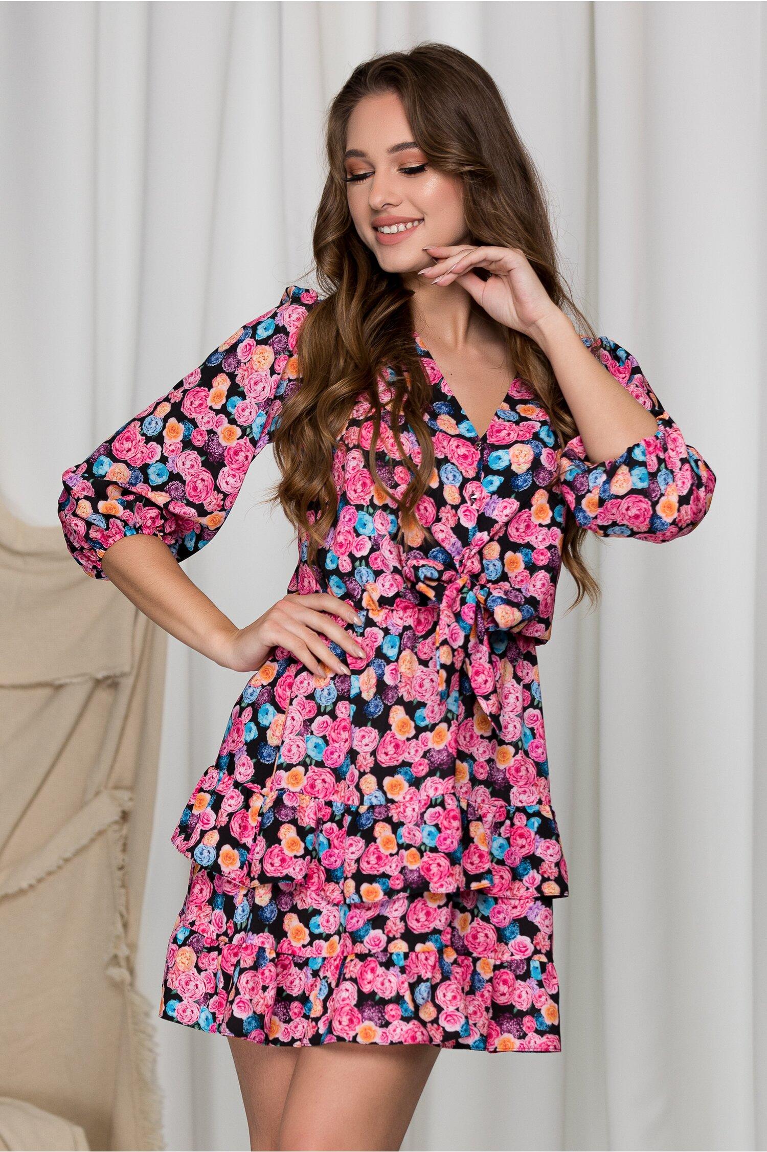 Rochie Lara neagra cu trandafiri colorati si volane pe fusta imagine dyfashion.ro 2021