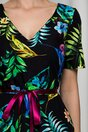 Rochie Laura neagra cu imprimeu floral multicolor si cordon satinat in talie