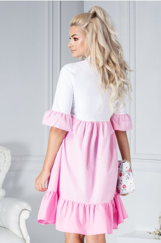 Rochie Letty alb si roz cu patratele si volanase
