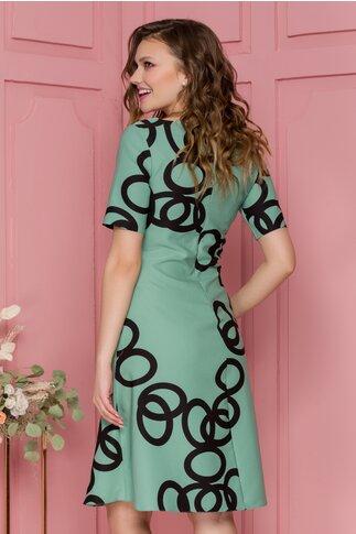 Rochie Livia verde pastel cu imprimeu geometric negru