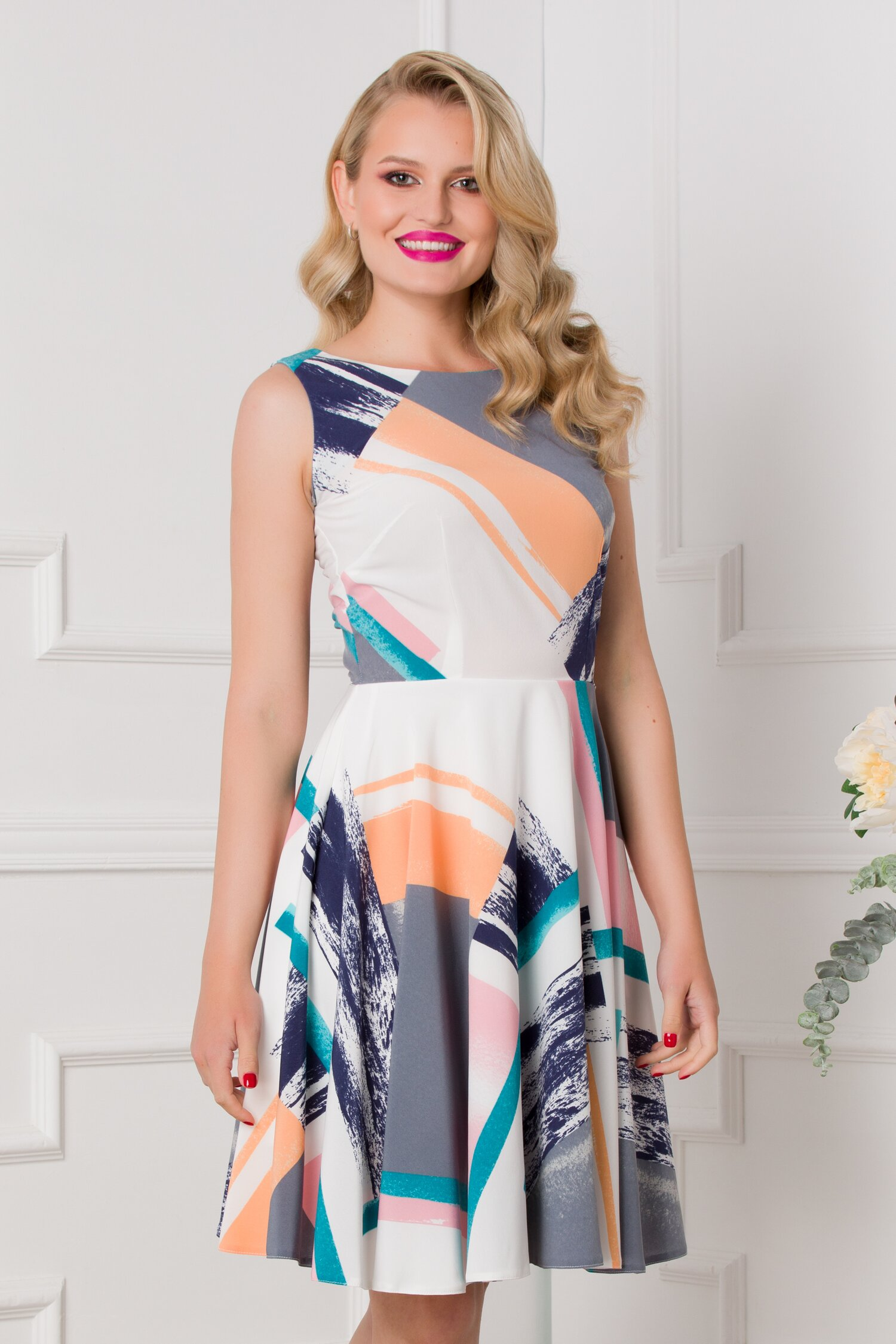 Rochie Lorena ivoire cu imprimeu abstract in nuante pastelate