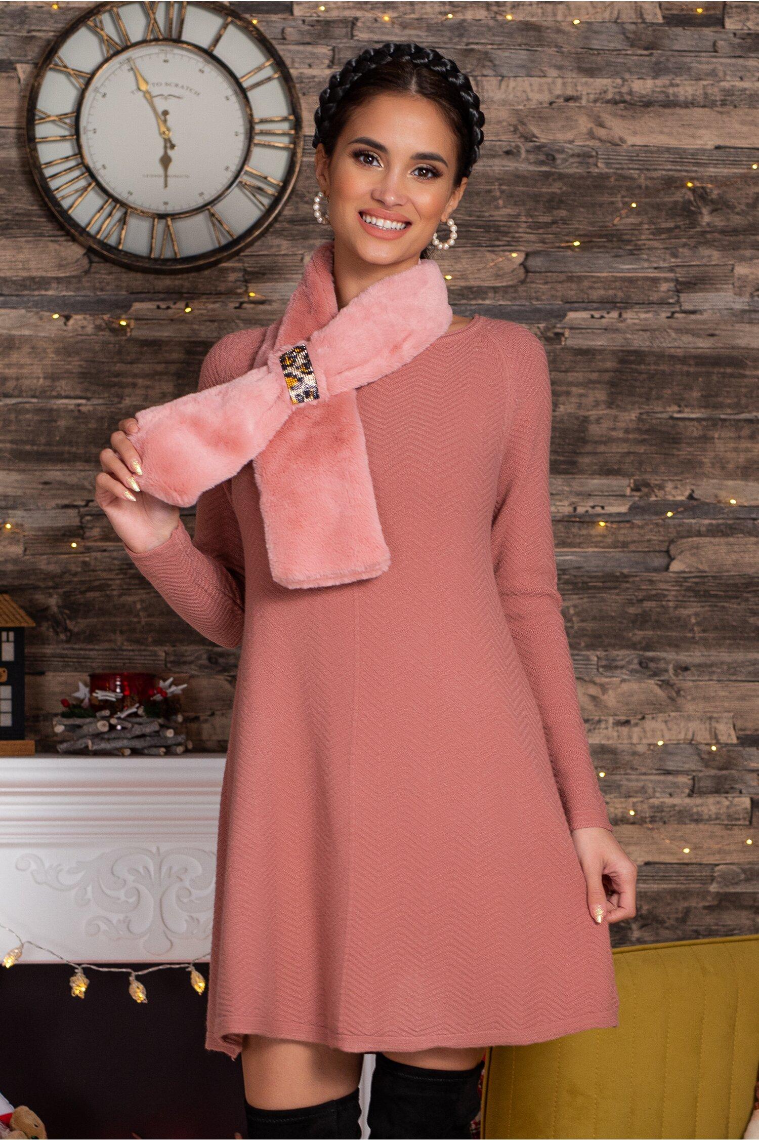 Rochie Mara roz scurta din tricot cu accesoriu tip fular imagine