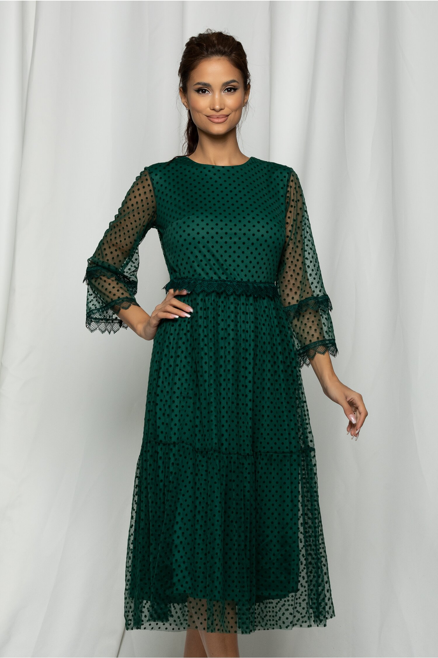 Rochie Marisa verde din tull cu buline catifelate