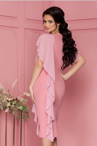 Rochie Marta roz prafuit cu volane si aplicatie cu pietricele si margele la decolteu