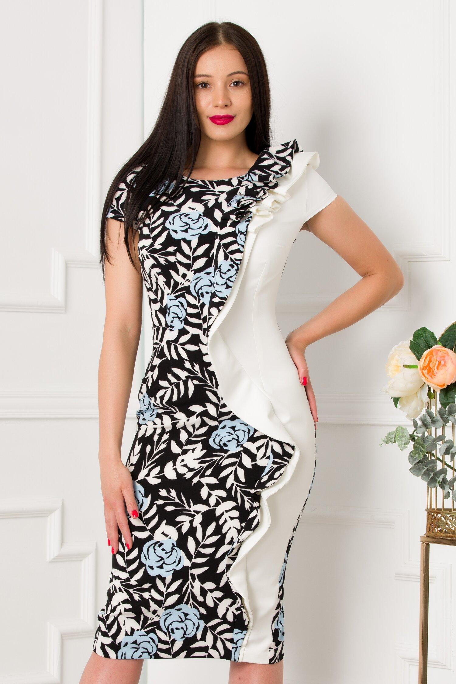 Rochie MBG alb-negru cu imprimeu floral si volane pe fata