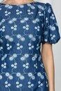 Rochie MBG albastra cu flori albe brodate si maneci bufante