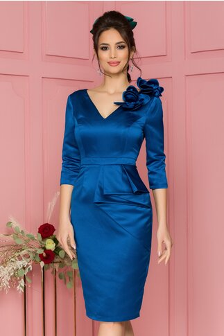 Rochie MBG albastra cu peplum si flori 3D pe un umar