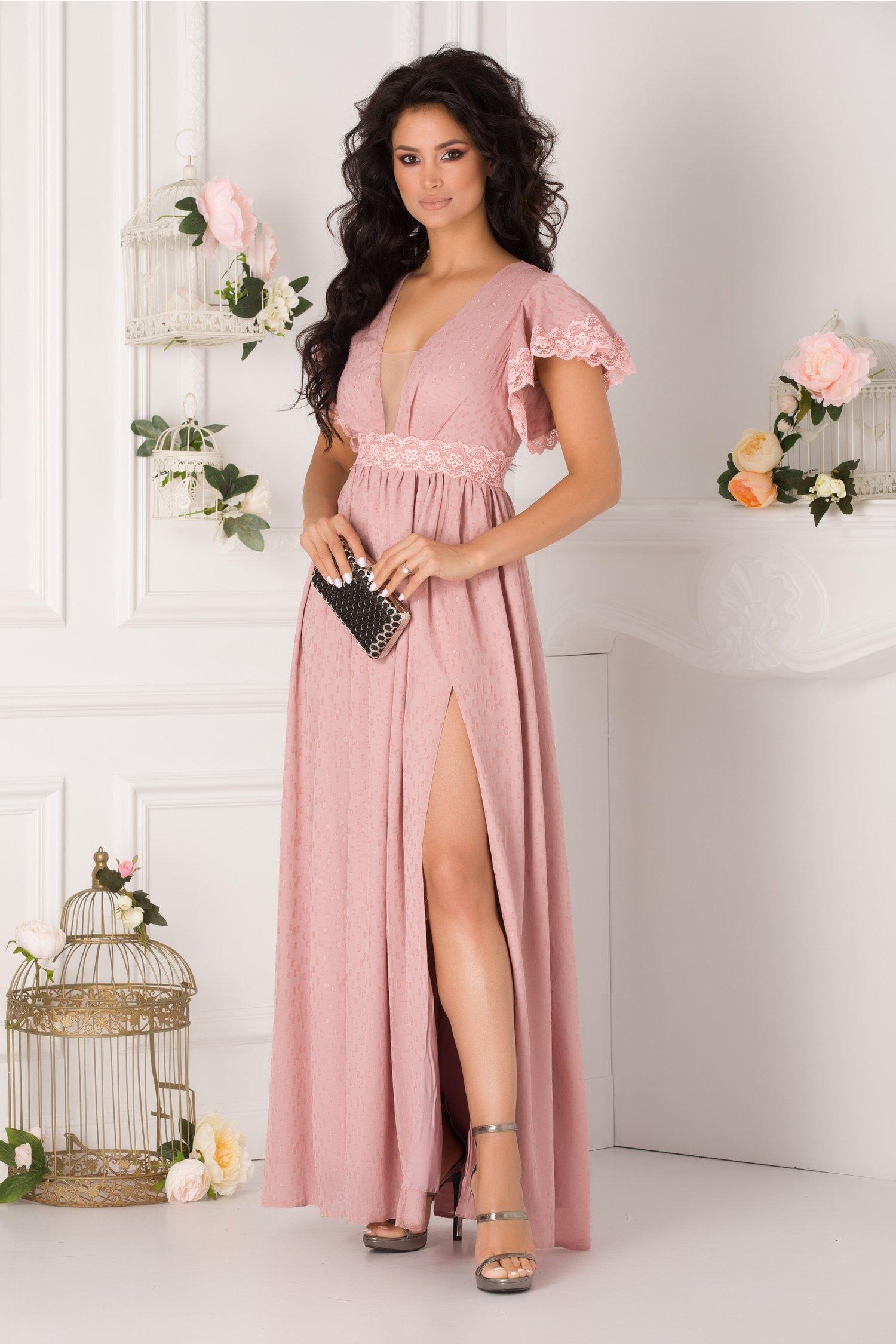 Rochie Amedeea lunga roz prafuit cu aplicatii din dantela