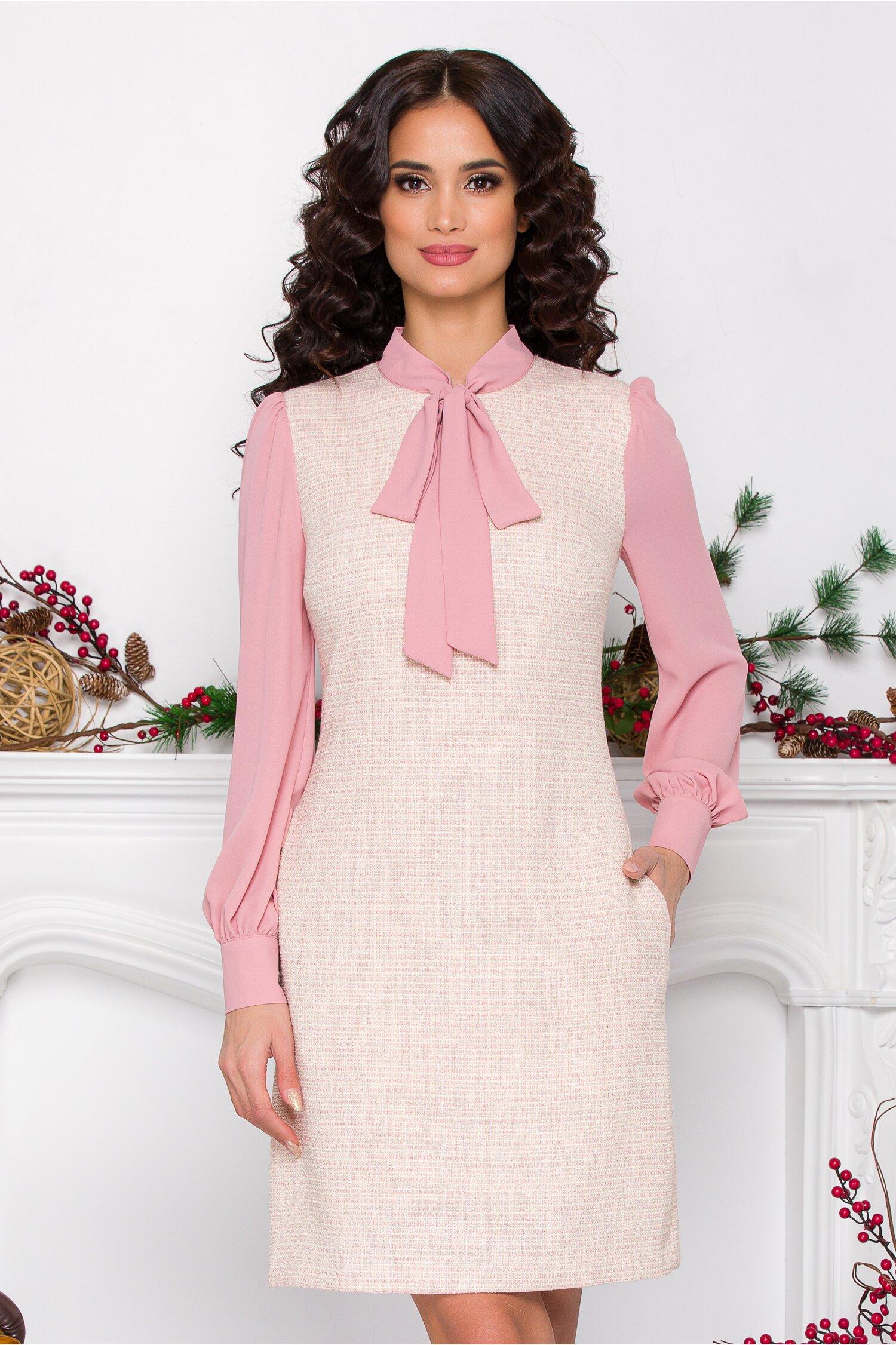 Rochie MBG din tricot ivory si maneci din voal roz cu funda la baza gatului