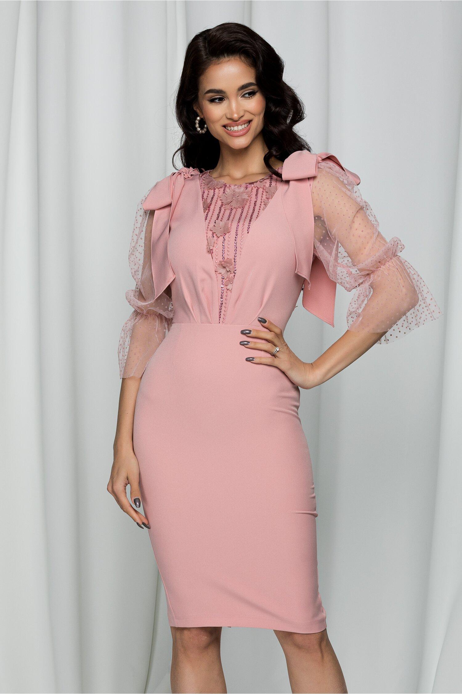 Rochie MBG roz cu maneci din tull cu buline