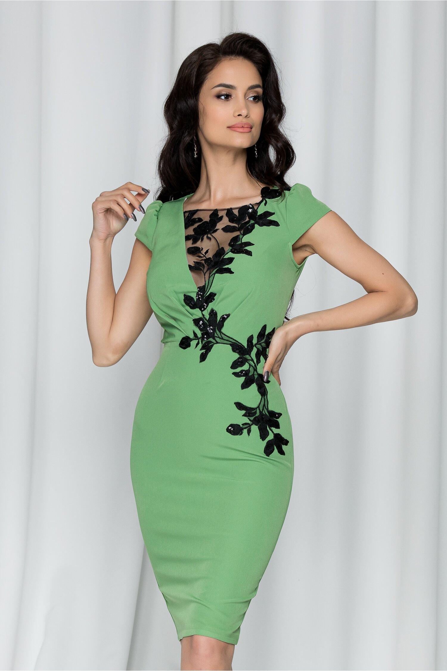 Rochie MBG verde cu broderie florala si tull la bust
