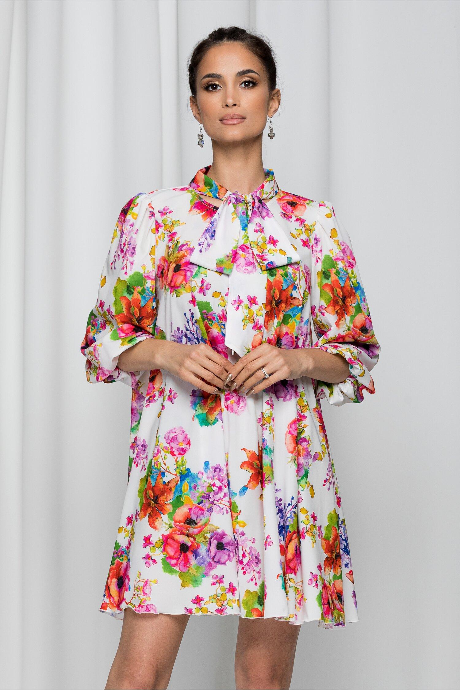 Rochie Mikaela alba cu guler tip esarfa si imprimeu floral rosu