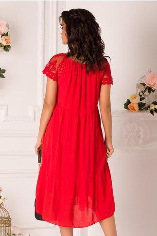 Rochie Mikaela rosie cu dantela florala pe fata