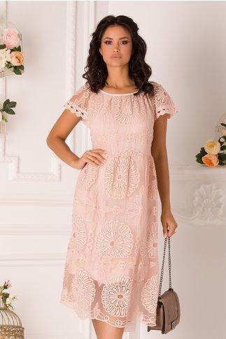 Rochie Mikaela roz cu dantela florala pe fata