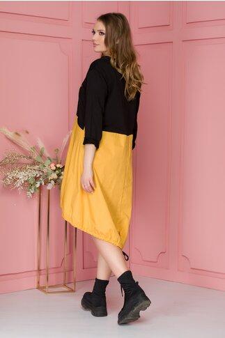 Rochie Miki negru cu galben si imprimeu text