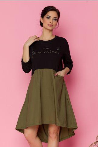 Rochie Miki negru cu kaki si imprimeu text