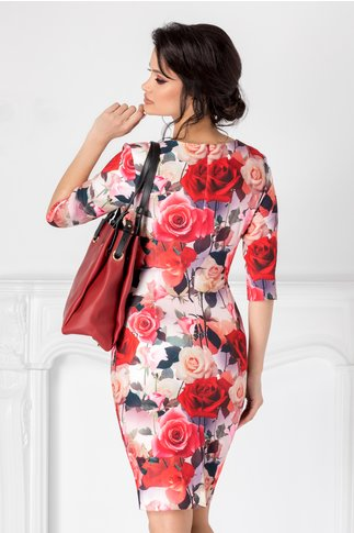 Rochie Mikki roze cu trandafiri si decolteu petrecut