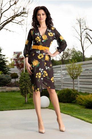 Rochie Miriam neagra petrecuta cu flori galbene si curea in talie