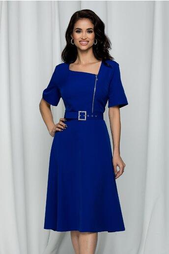 Rochie Misha albastra accesorizata cu o curea in talie