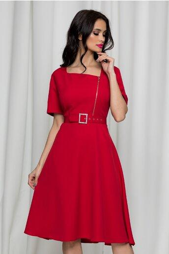 Rochie Misha rosie accesorizata cu o curea in talie