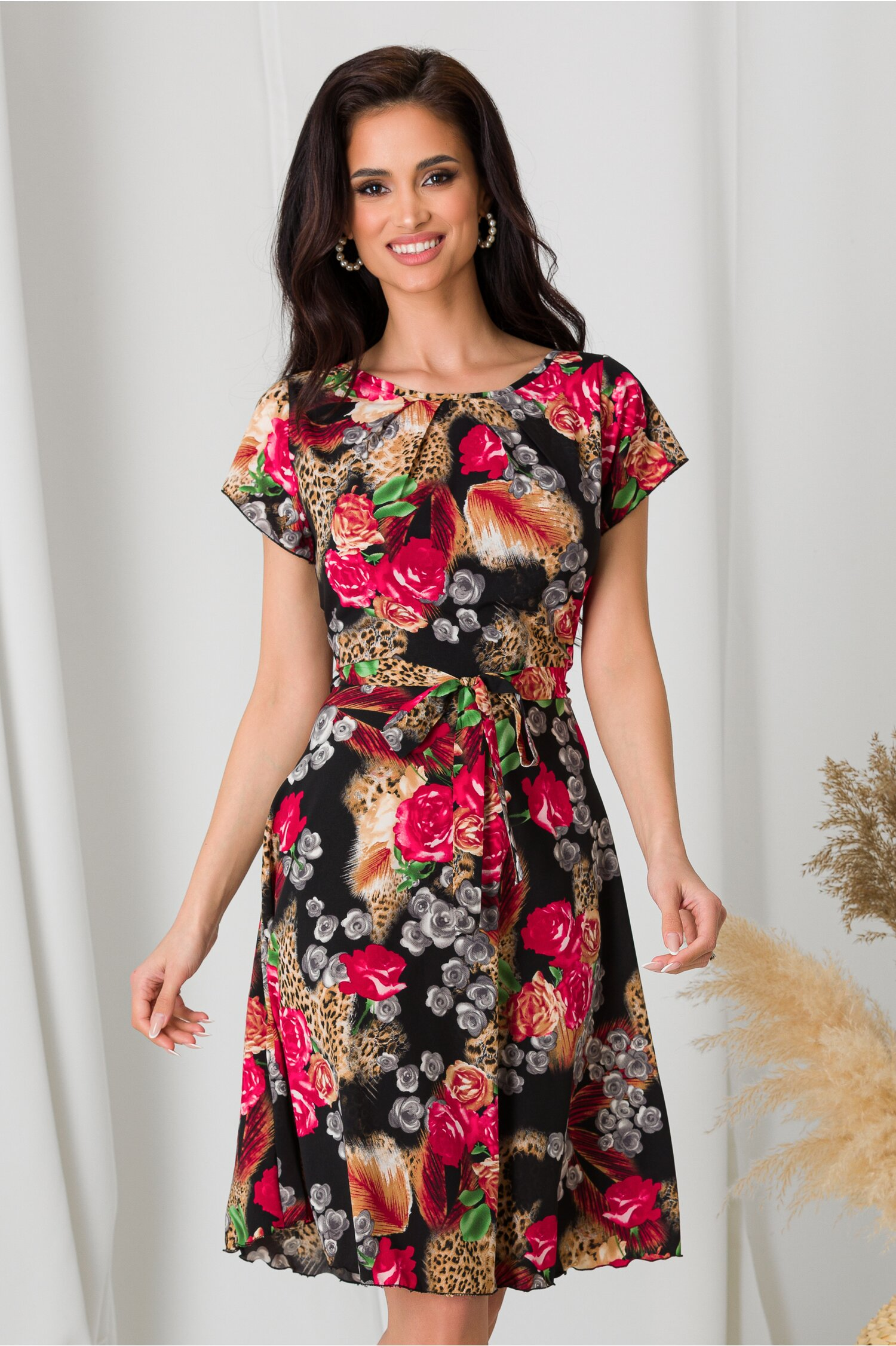 Rochie Missa neagra cu trandafiri si animal print