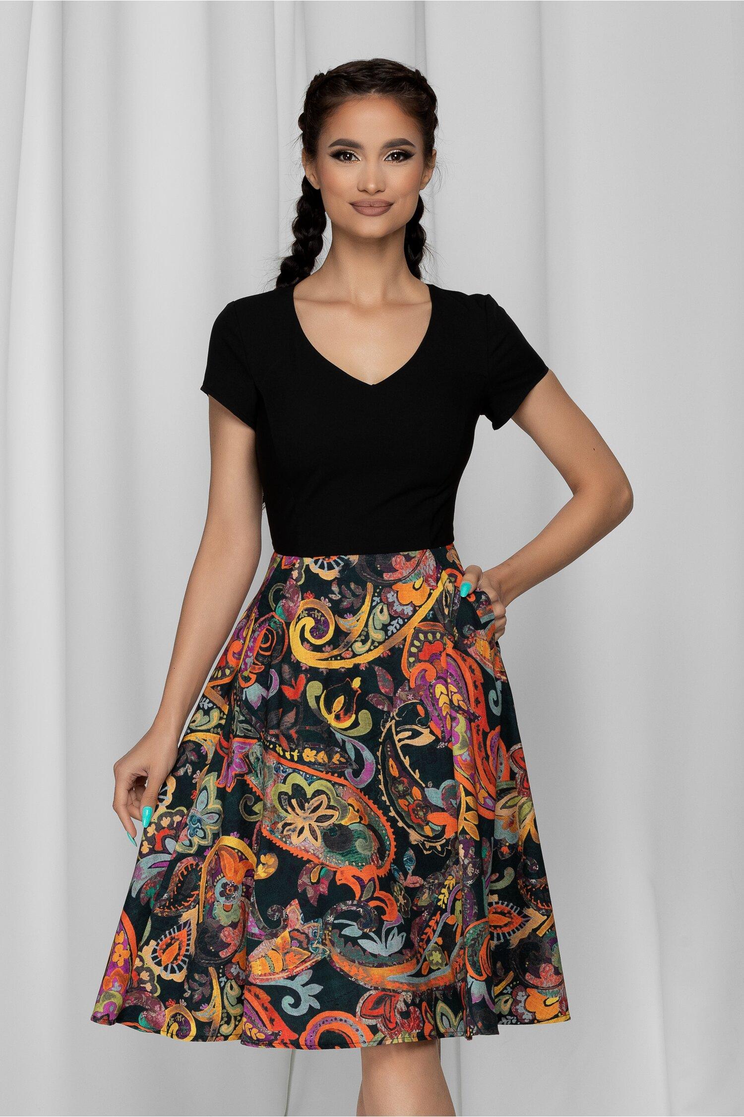 Rochie Mona neagra cu fusta multicolora si buzunare functionale