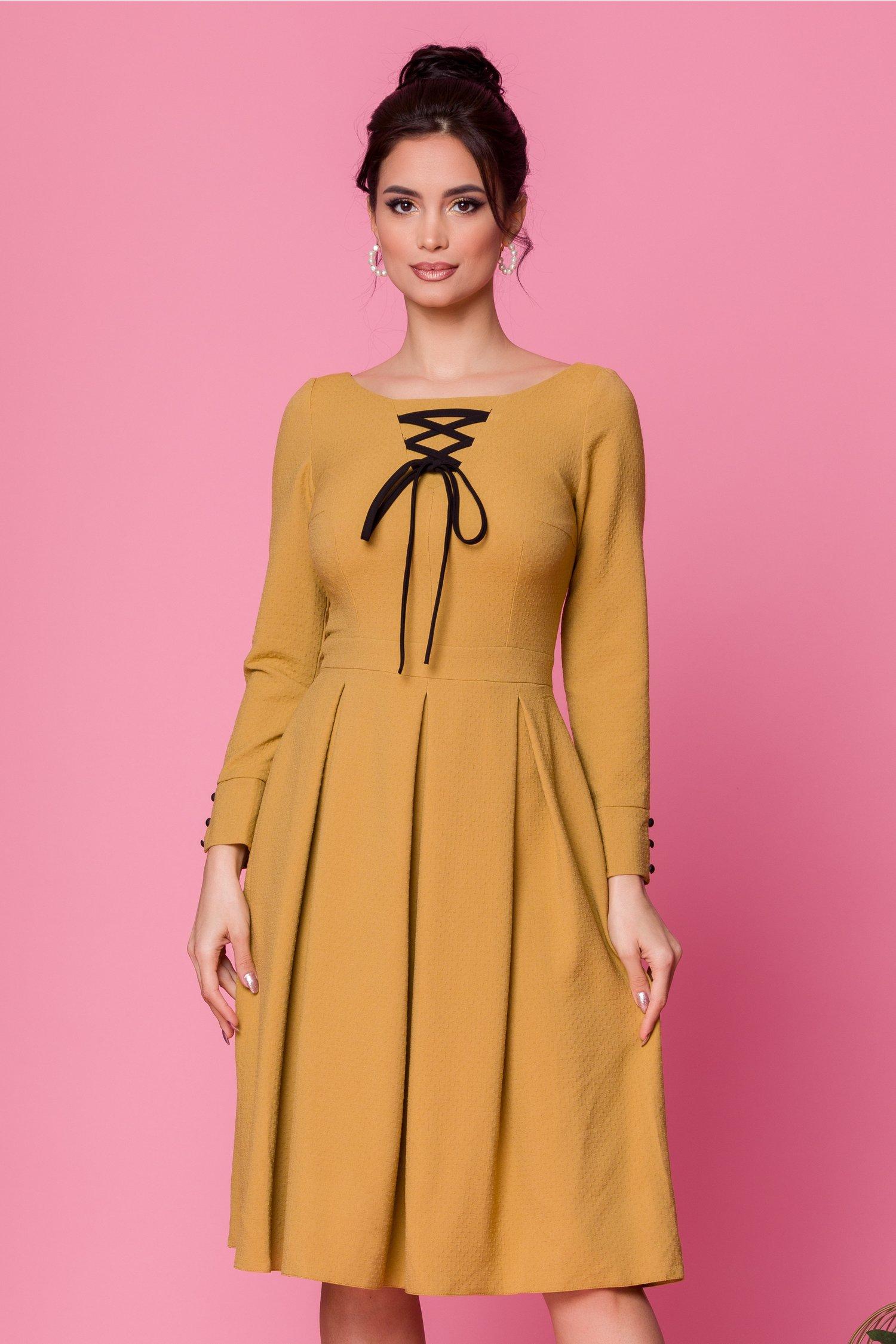 rochie moze galben mustar clos cu snur negru la decolteu 481158 4