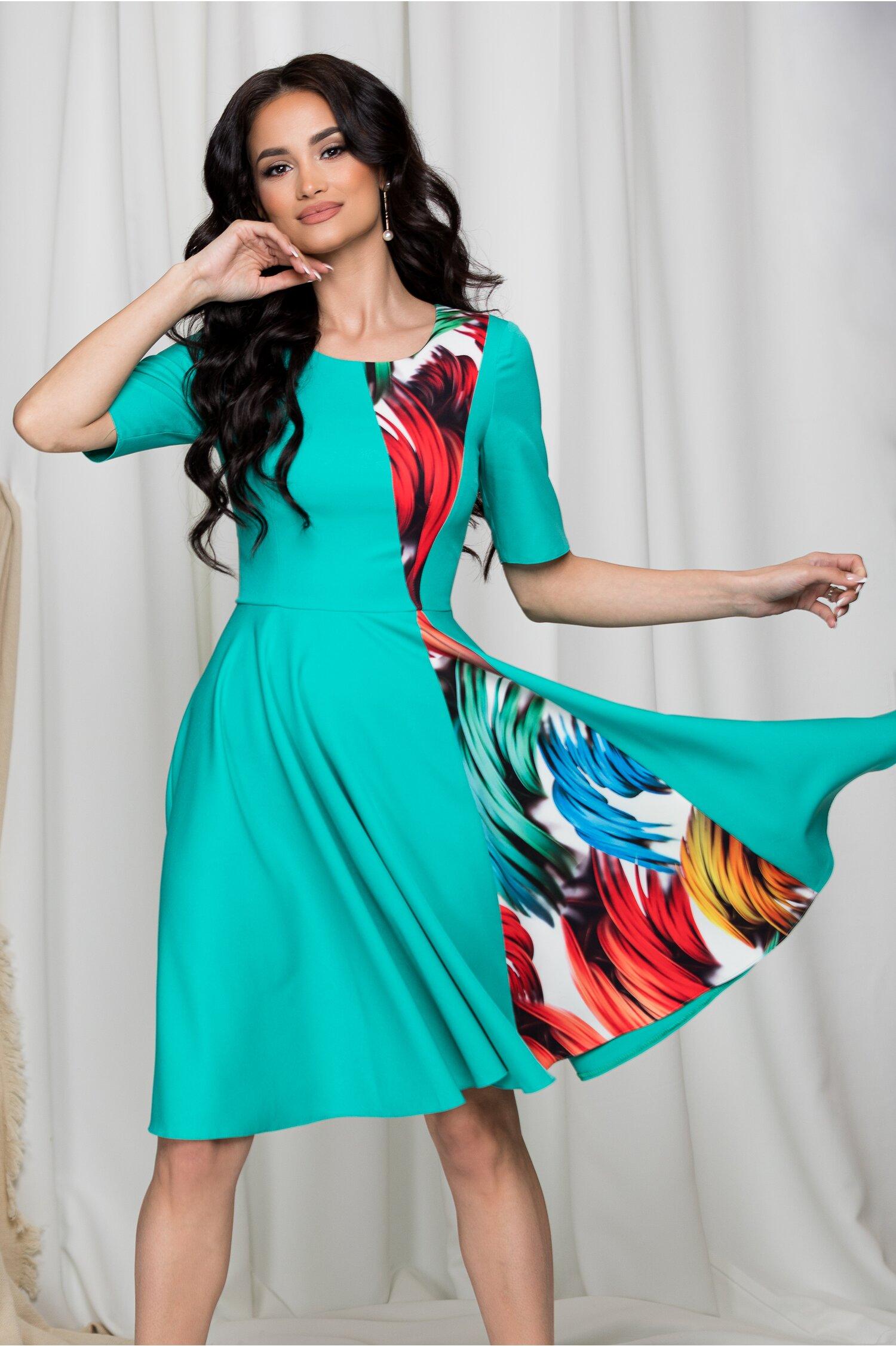 Rochie Moze turcoaz cu imprimeu multicolor imagine dyfashion.ro 2021